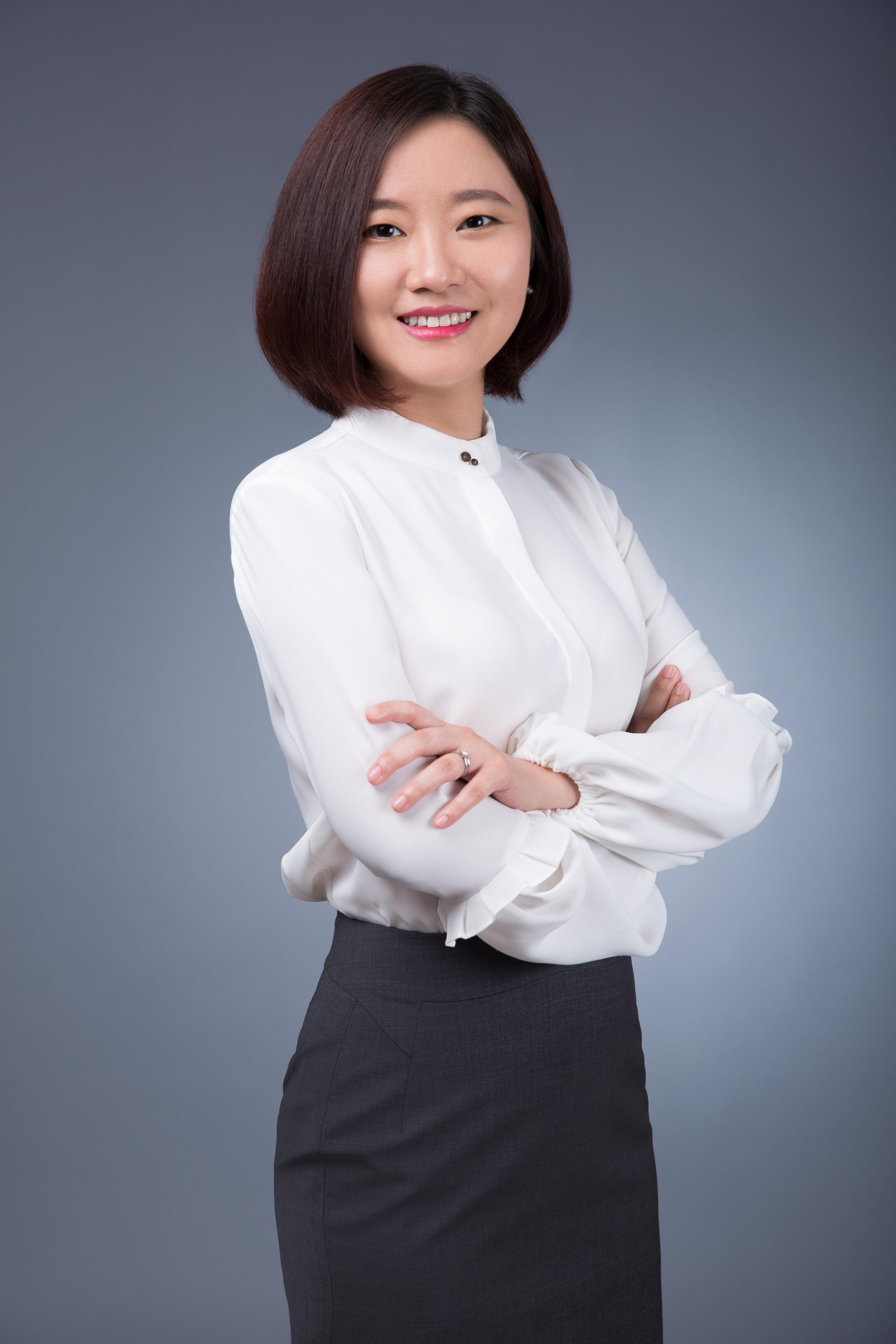 Jingwei Hu 胡婧玮
